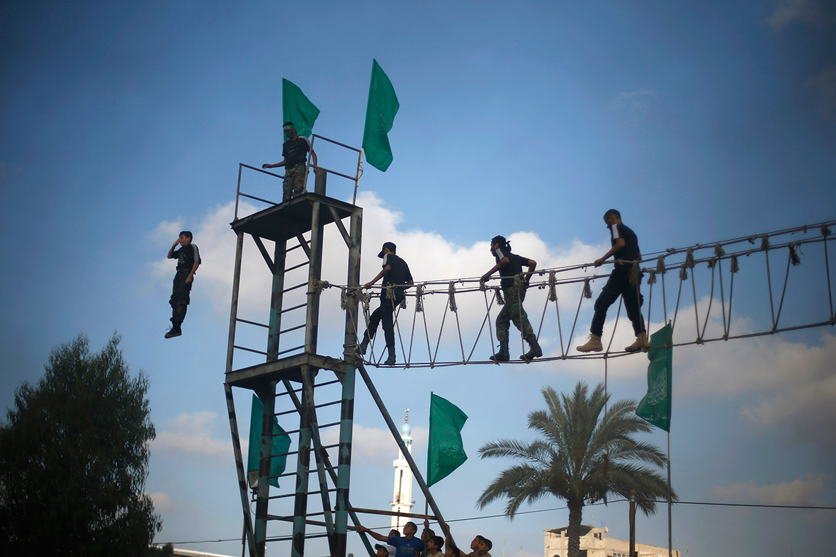 hamas summer camp rope bridge