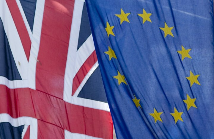 UK Will Be Forced to Join the Euro or Leave the EU If Brussels Power Not Reformed, says Report