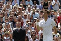 Murray eases into round three at Wimbledon.