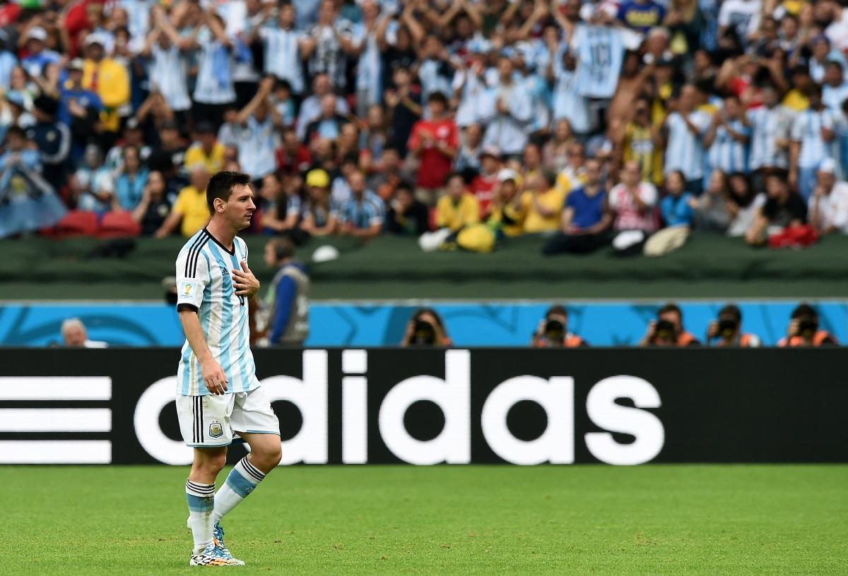 Messi crowd