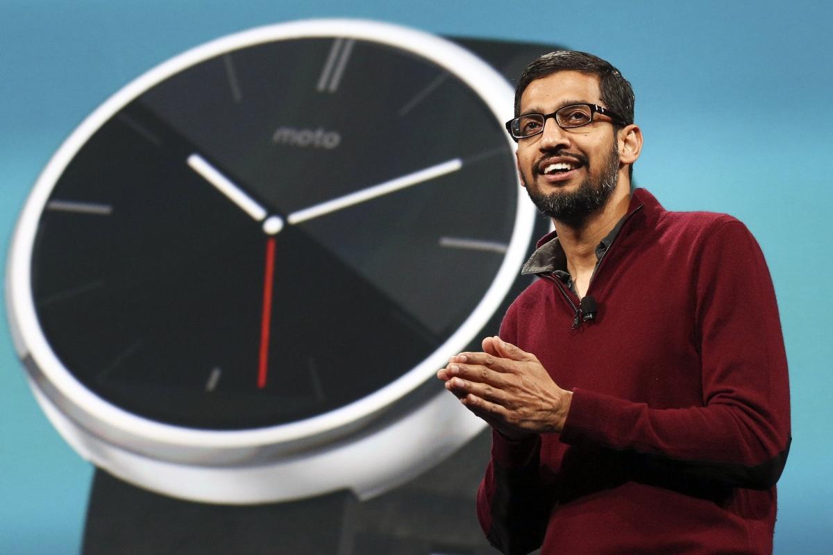 Android Wear Moto 360 Smartwatch Shown off by Google's Sundar Pichai