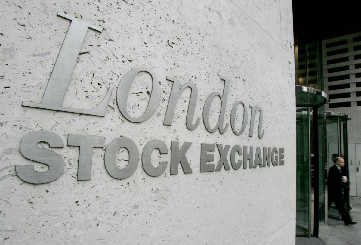 Jimmy Choo to List on London Stock Exchange