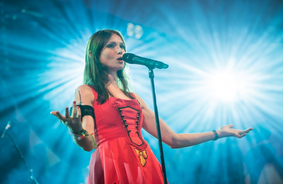 Sophie Ellis-Bextor performs on The Avalon Stage