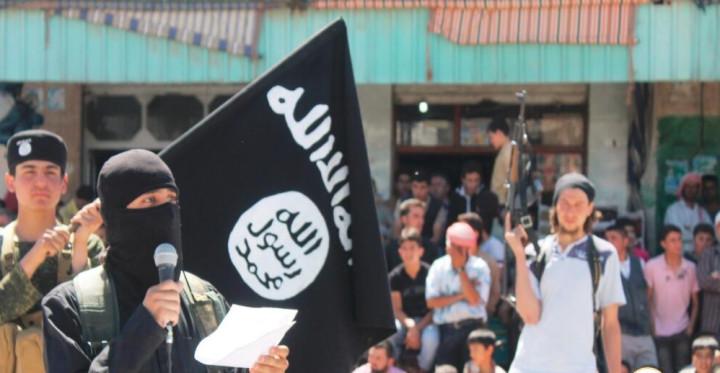 Isis Crucifies Moderate Syrian Rebels in Deir Hafer [WARNING