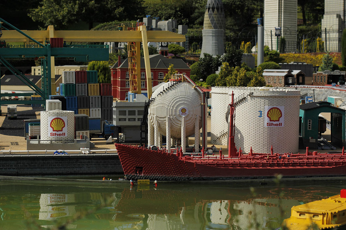 Lego Greenpeace