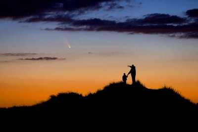 Father and Son Observe Comet PanSTARRS