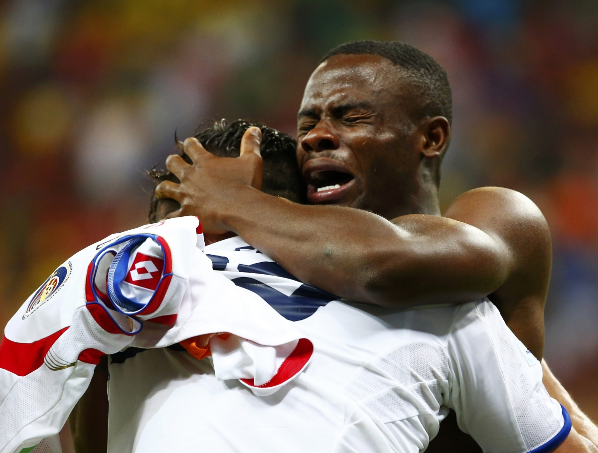 Fifa World Cup 2014: Funny Pictures of Players Crying on Field
