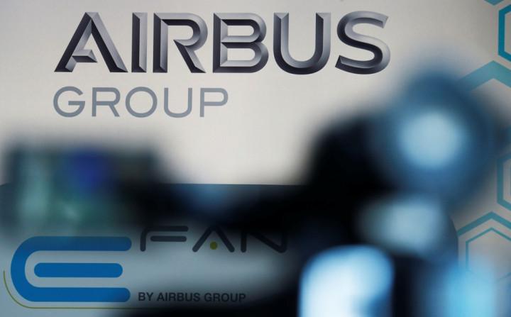 Airbus Shares Drop Despite Record $26bn Jet Order