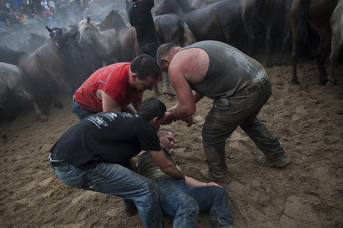 rapa das bestas injured
