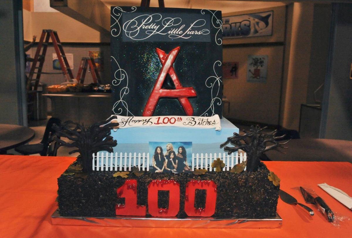 Pretty Little Liars Season 5 Preview: Where to Watch the 100th Episode \'Miss Me X 100\' Live Stream Online