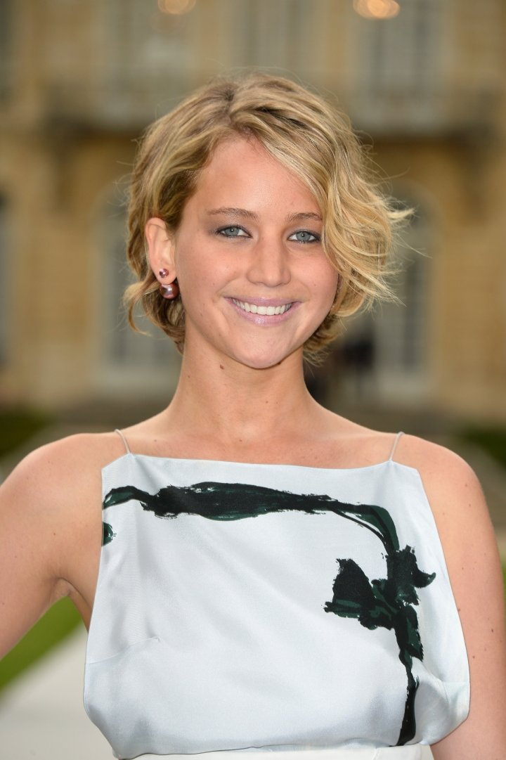 Jennifer Lawrence Nude Photo Leak: Hunger Games Star ...