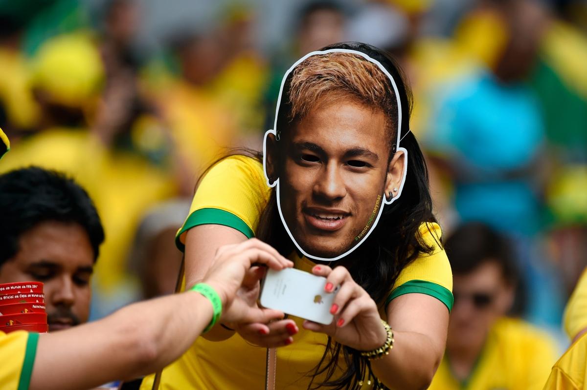 Neymar masks