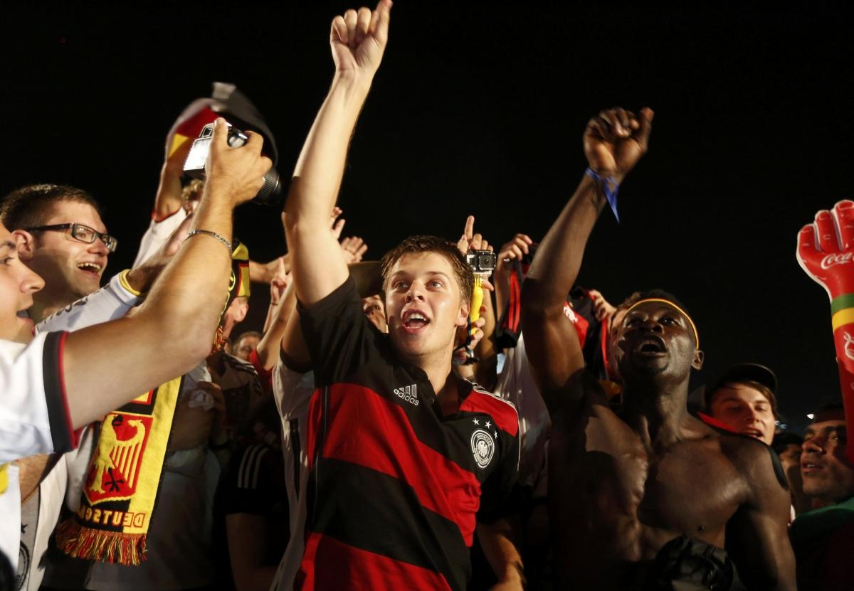 Germany Fans Celebrate 7-1 Victory in Rio de Janeiro