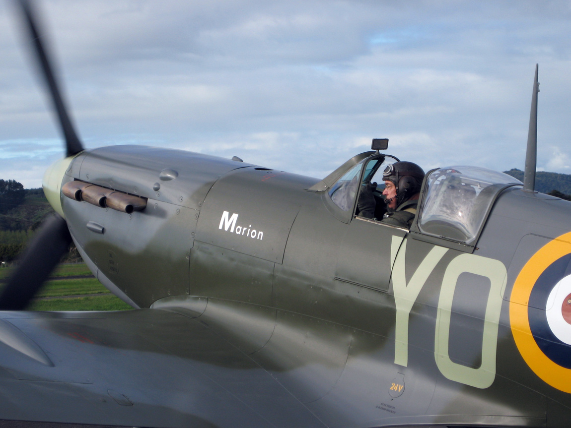 Spitfire 23