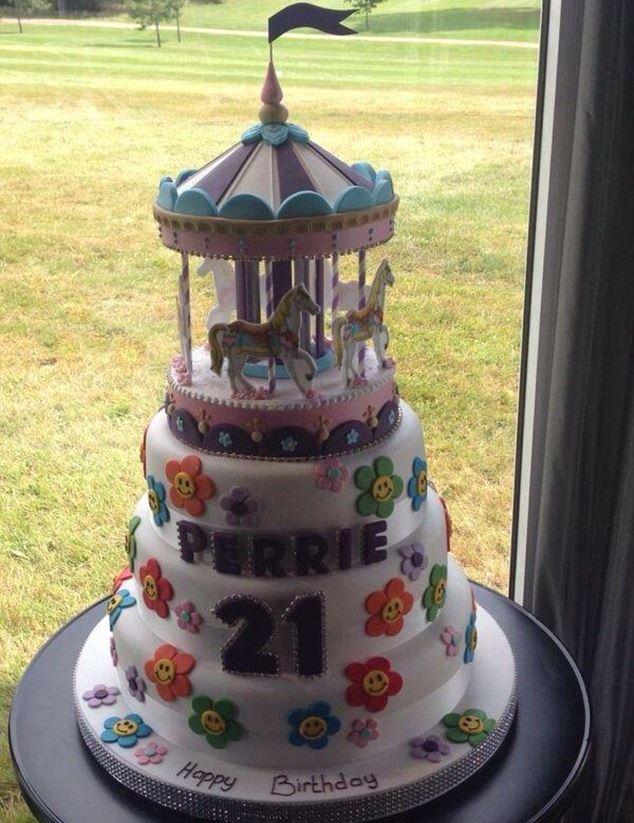 Perrie Edwards birthday cake