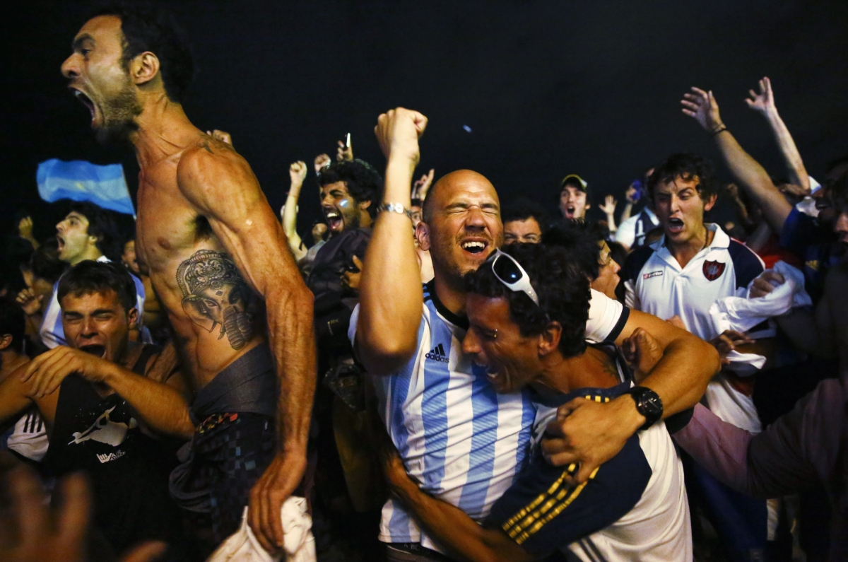 Jubilation as Argentina are through to the World Cup Final 2014