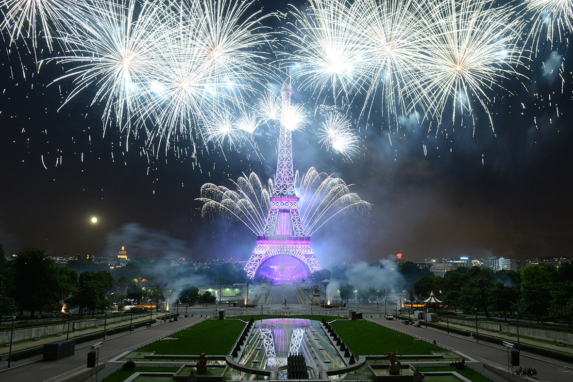 hot shots photos of the day spectacular bastille day