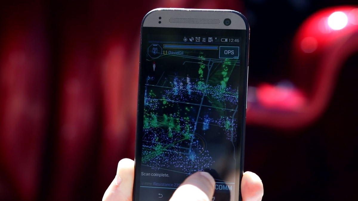 Tech Talk: How Augmented Reality App Ingress Makes a Game out of the Real World