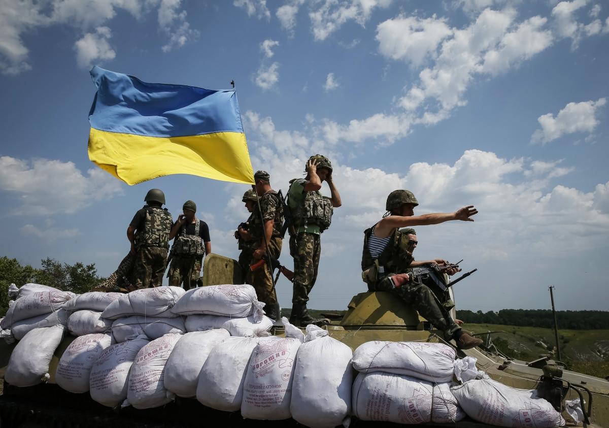 Ukraine Urges Tough EU Sanctions on Russia Amid Insurgency