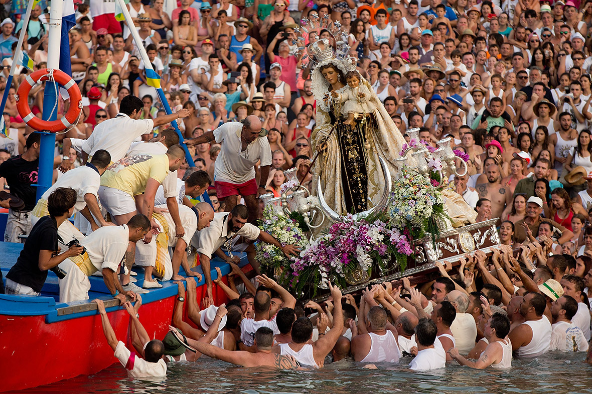 Tenerife S Virgen Del Carmen Festival Thousands Celebrate