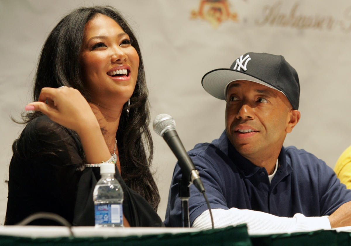 celebrity exes who stayed friends rihanna chris brown kimora lee russell simmons chris. Black Bedroom Furniture Sets. Home Design Ideas