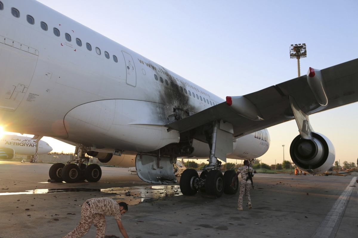 Tripoli airport clashes
