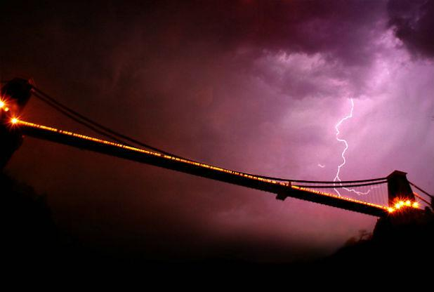 Clifton Suspension Bridge in Bristol is the centre of an electric storm.