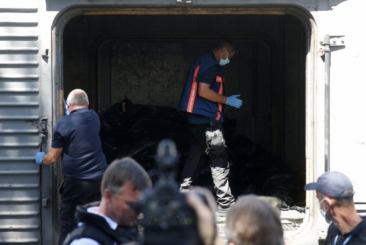 MH17 bodies on train