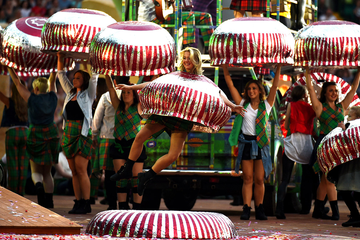 Commonwealth Games opening ceremony tunnocks teacakes