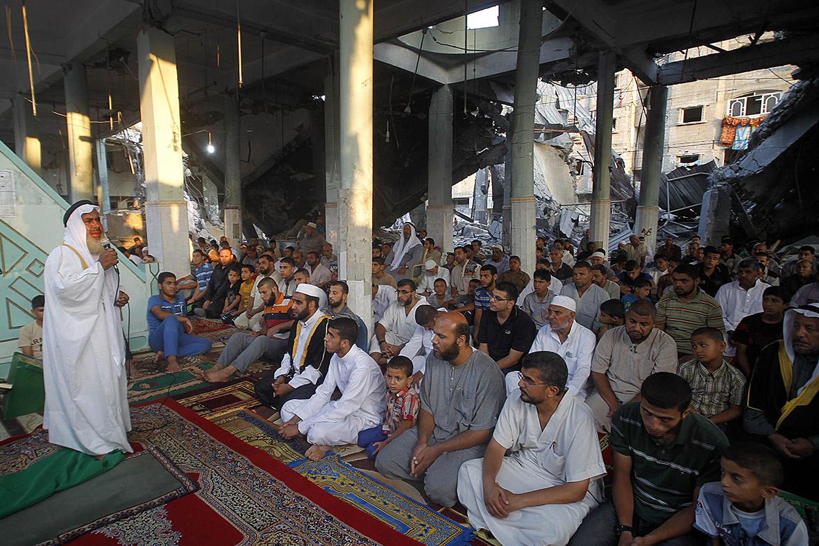 gaza mosque eid