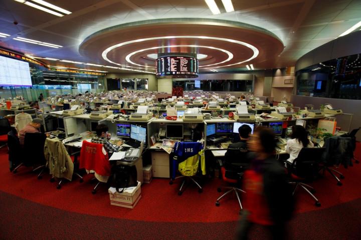 Asian Stocks Scale Three-Year Peak on China Optimism