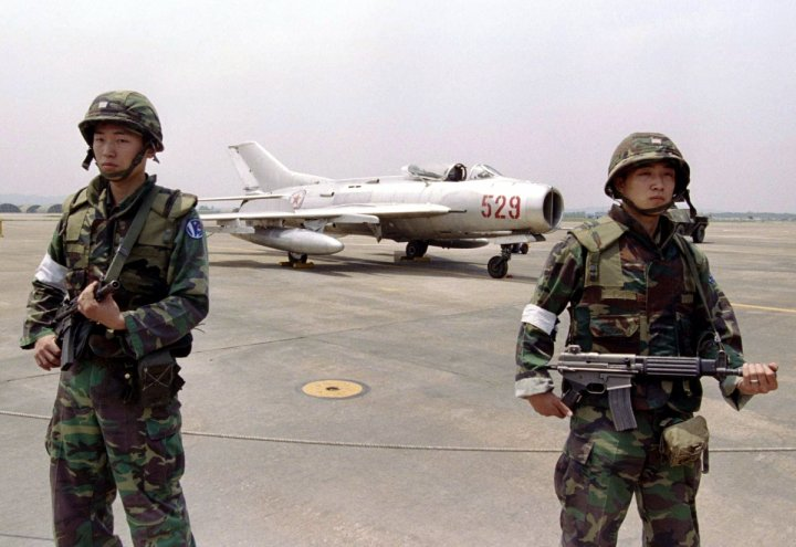 North Korean MiG-19 fighter jet crash