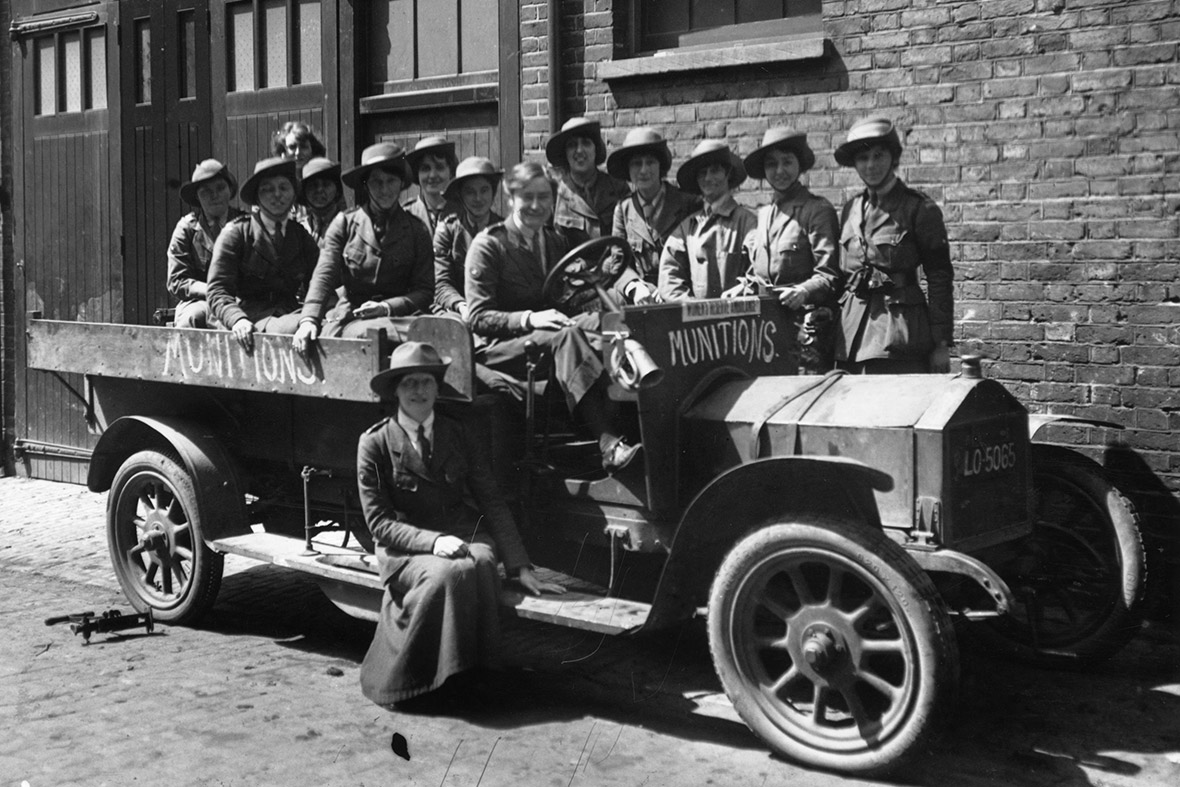 WWI 100th Anniversary: Historic Photos of Women Working During the ...