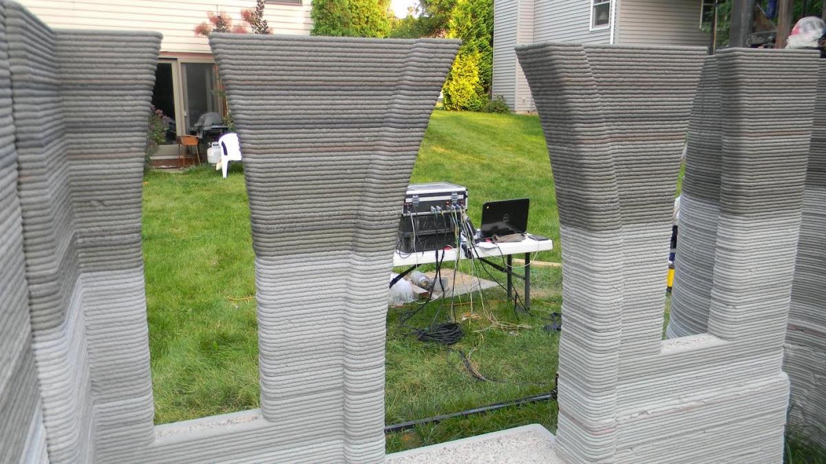 Rudenko's 3D printer set-up in his back garden