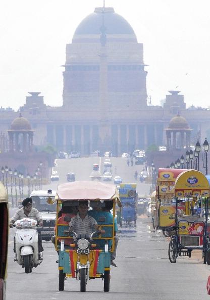 Delhi High Court Temporarily Ban E-rickshaw Services In Delhi