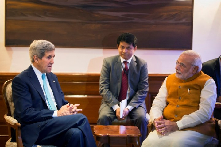 John Kerry Narendra Modi