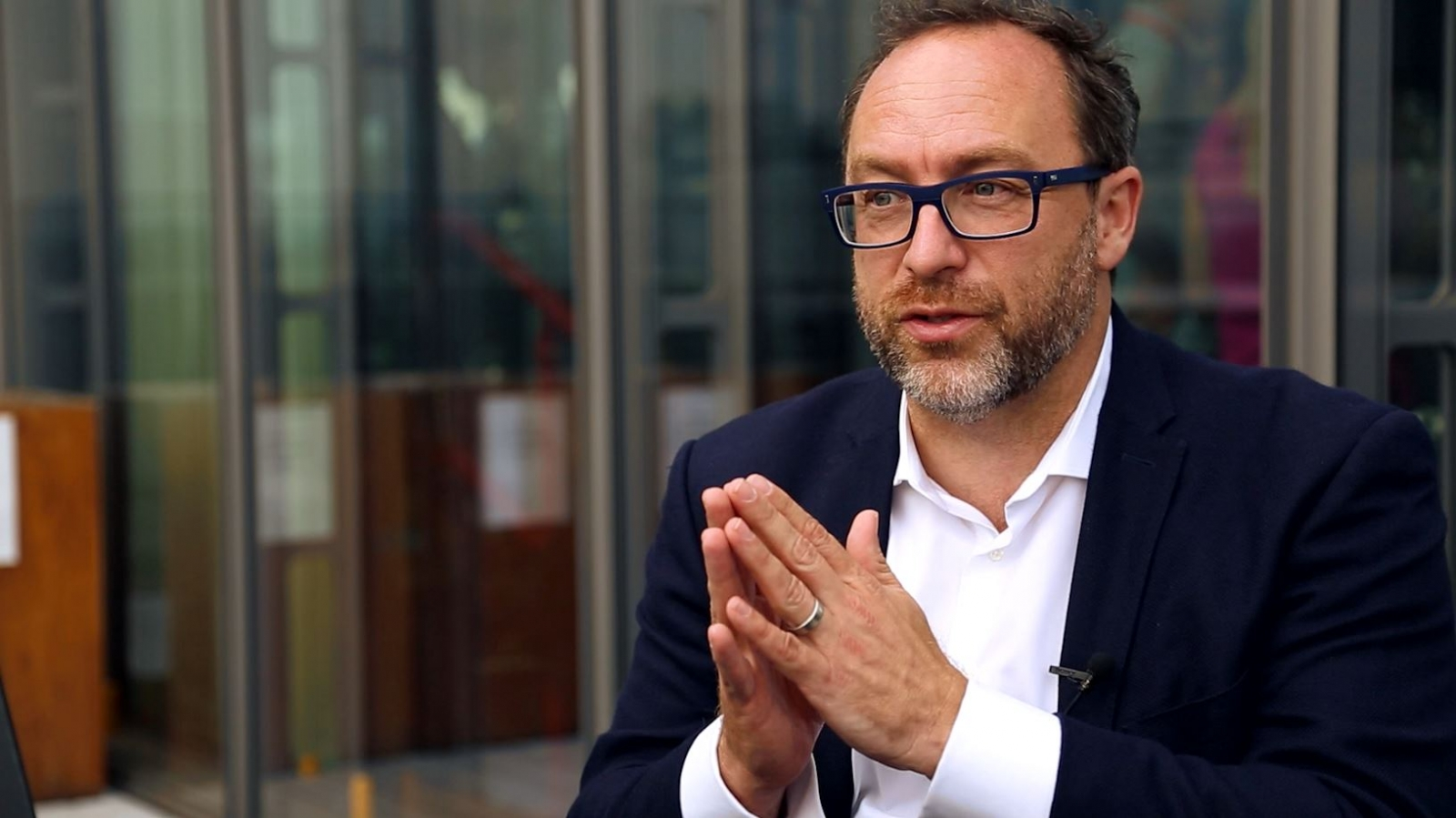 Jimmy Wales: Google Should Not Be 'The Arbiter of History'