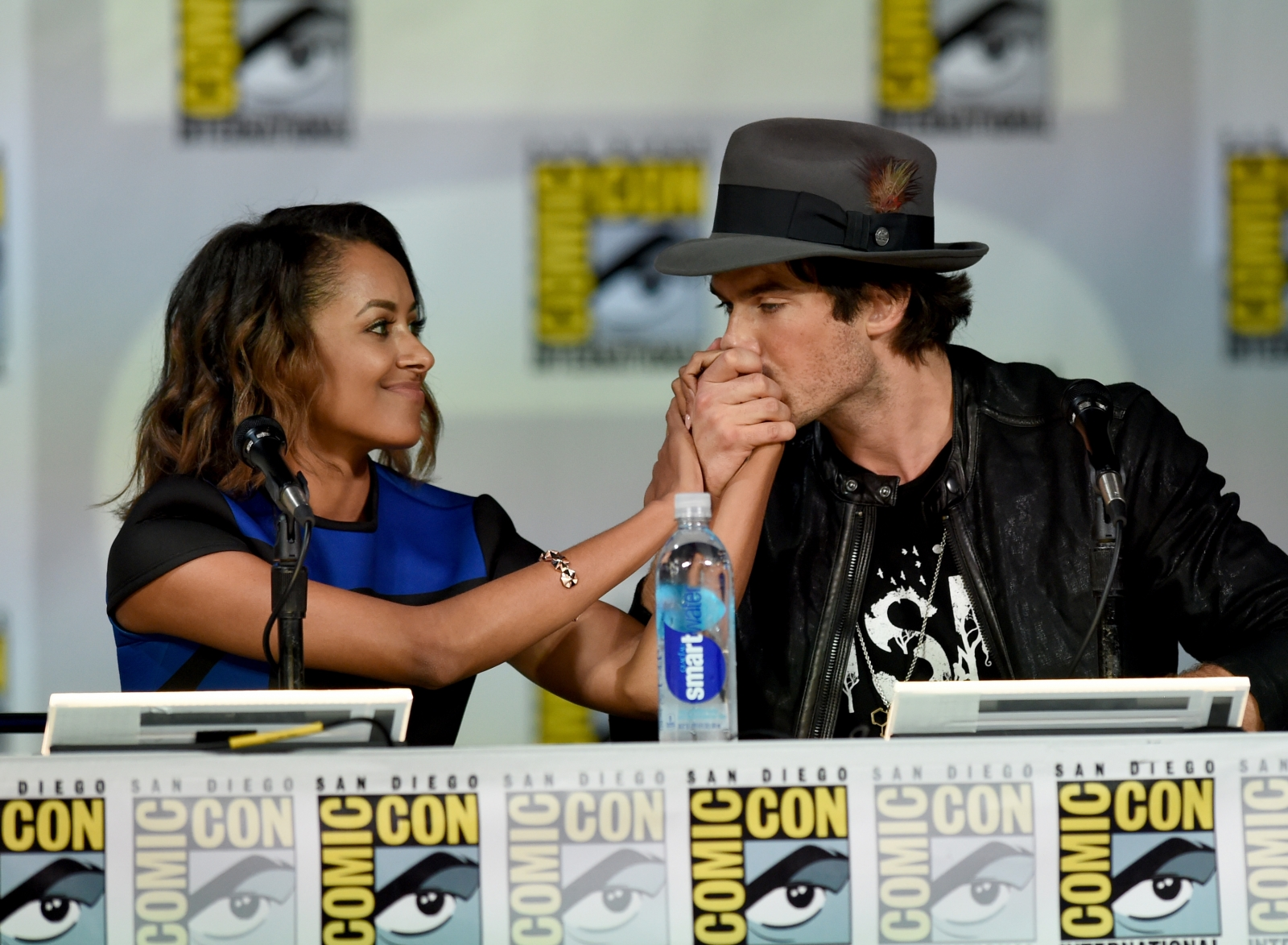 """vampire diaries hook up The possibility of bonnie-damon or """"bamon"""" romance in """"the vampire diaries"""" season 7 is not far-fetched in an interview with justjaredjr, ian somerhalder, who plays damon salvatore, said although his character wants elena back, damon will do anything to keep bonnie bennett alive because he doesn't want elena to get disappointed in."""