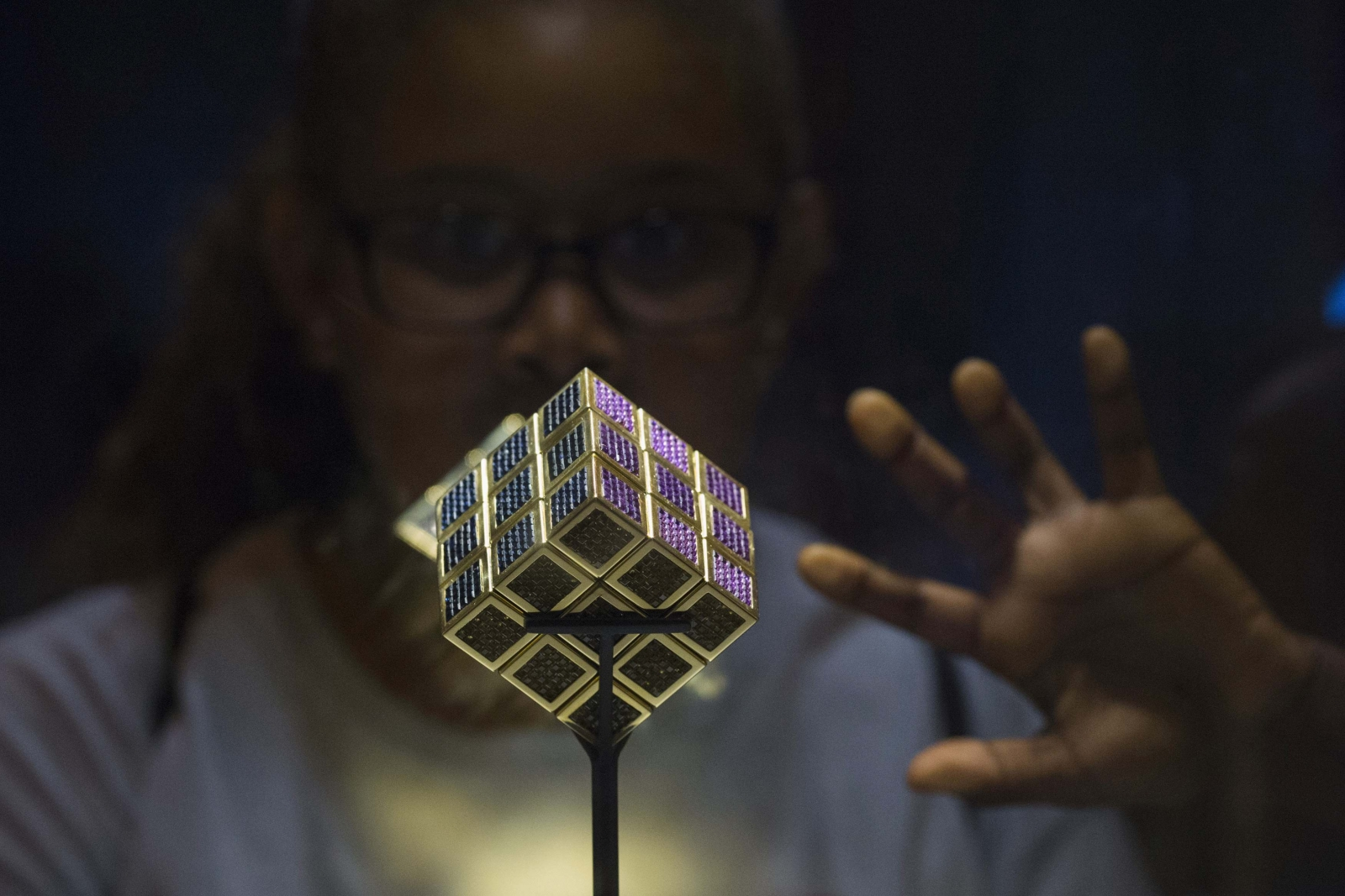 Rubik S Cube Fever Strikes In New Jersey At National