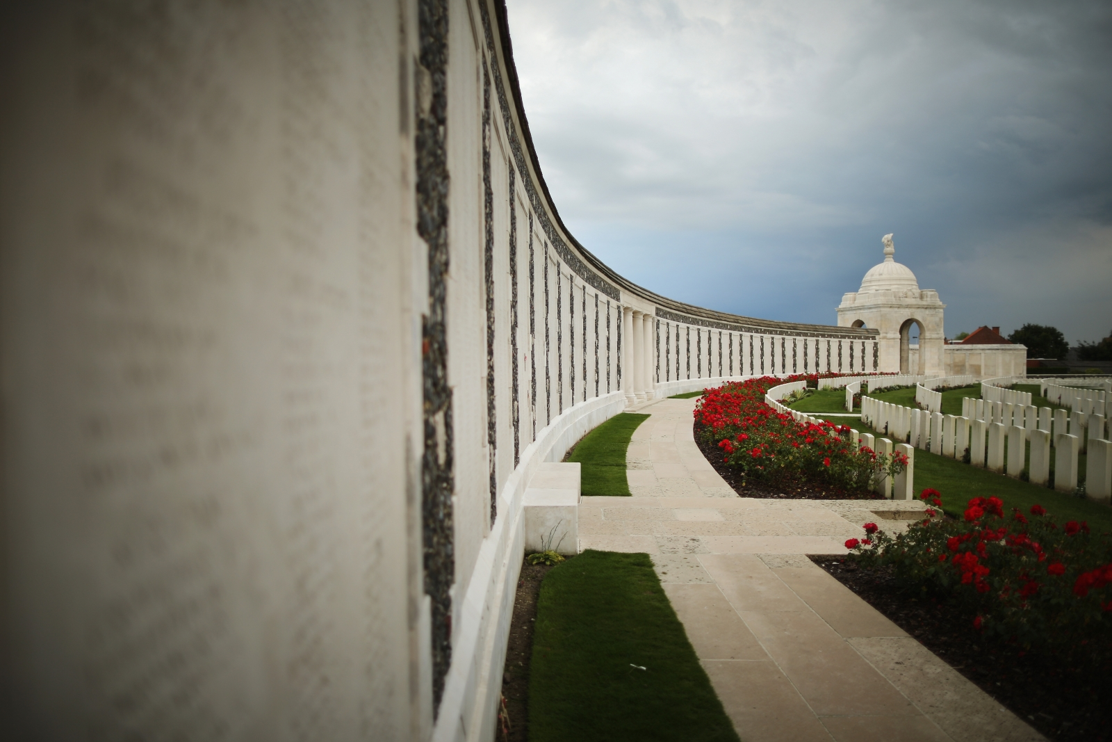 WW1 Tyne Cot Commonwealth War Graves Commission Memorial