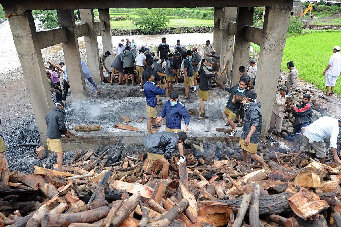 landslide funeral pyre