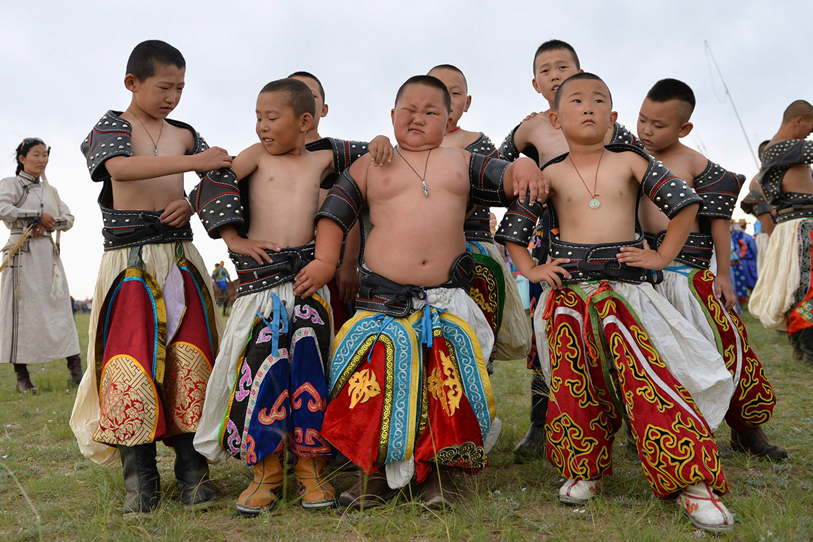 mongolia wrestlers