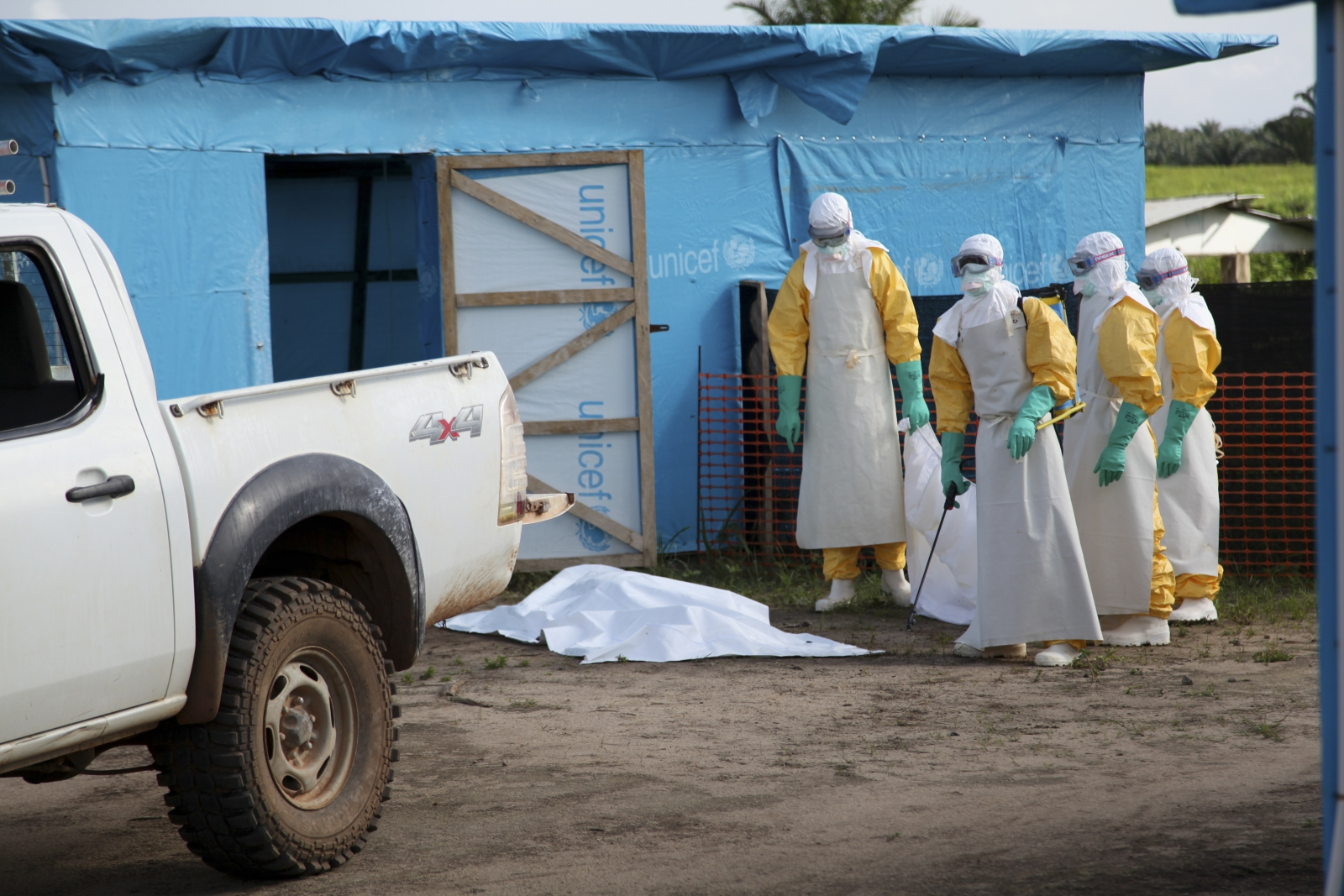 """CDC says US to """"Surge"""" its Ebola Response in Africa"""