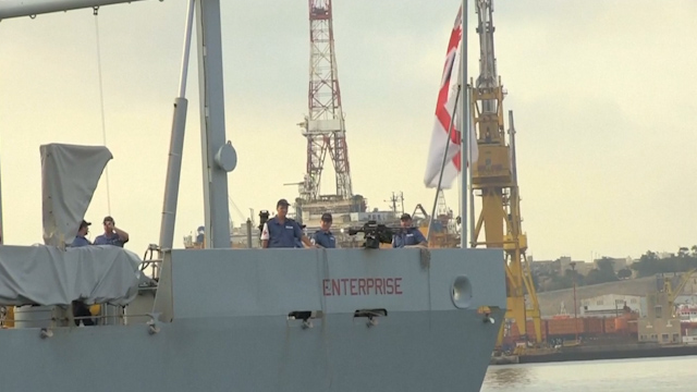 British Navy Evacuates Expats as Libya Fighting Worsens