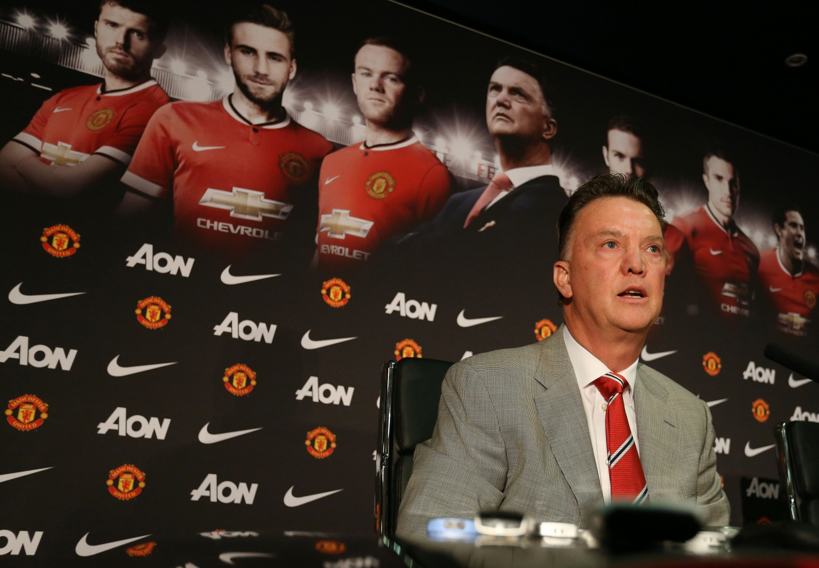 Louis Van Gaal V David Moyes In Quotes