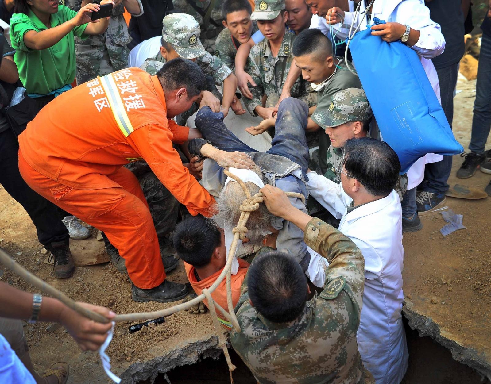 Xiong Zhengfen China earthquake survive