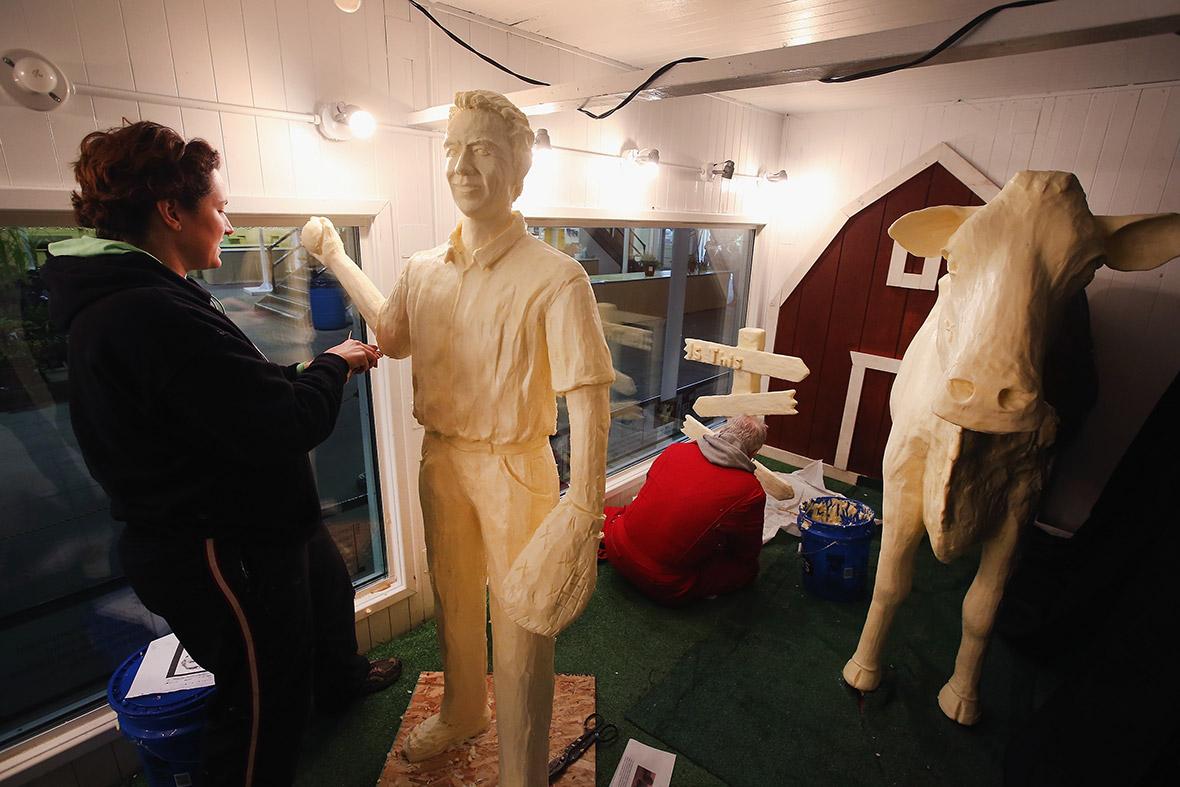 kevin costner butter sculpture