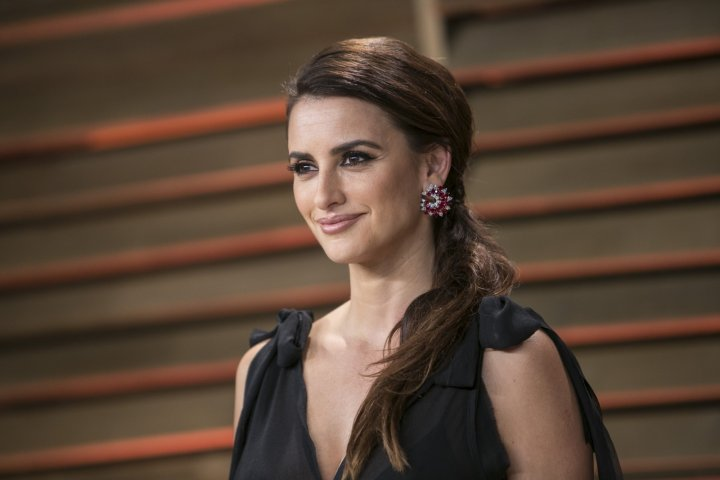 Penelope Cruz has enraged Hollywood by her open letter condemning Israel's actions in Gaza.