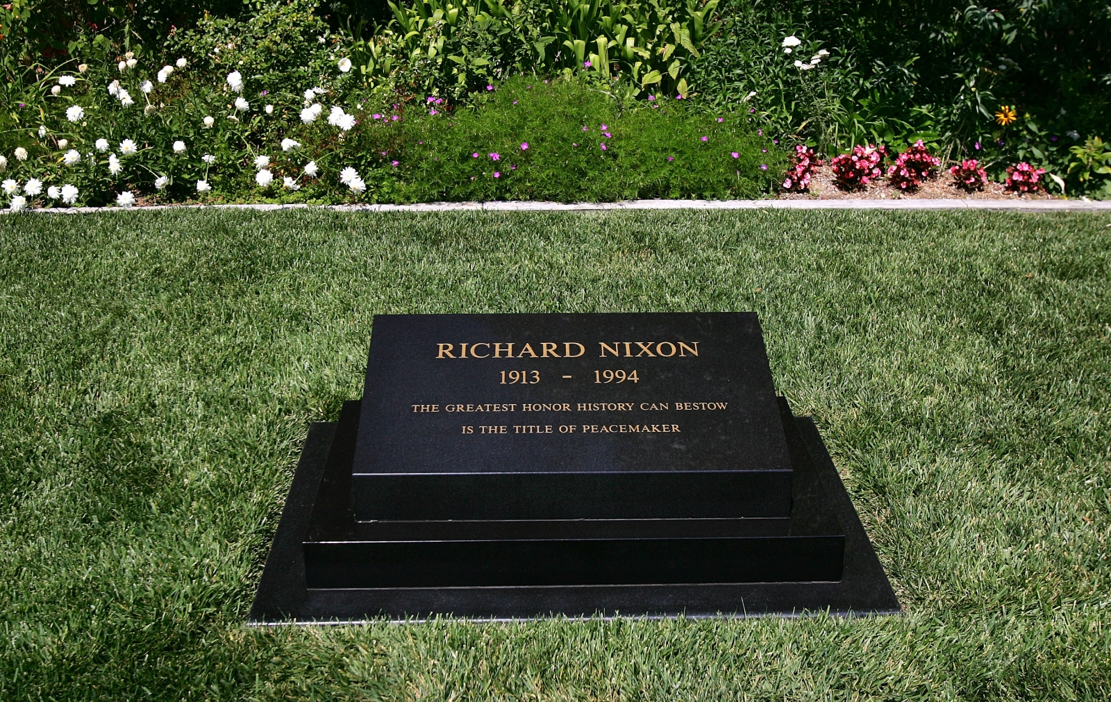 Richard Nixons grave