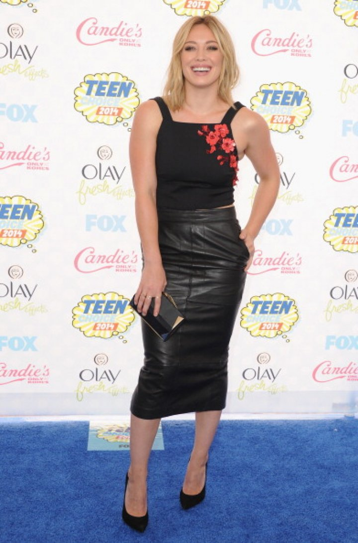 Actress Hilary Duff arrives at the 2014 Teen Choice Awards at The Shrine Auditorium on August 10, 2014 in Los Angeles, California.